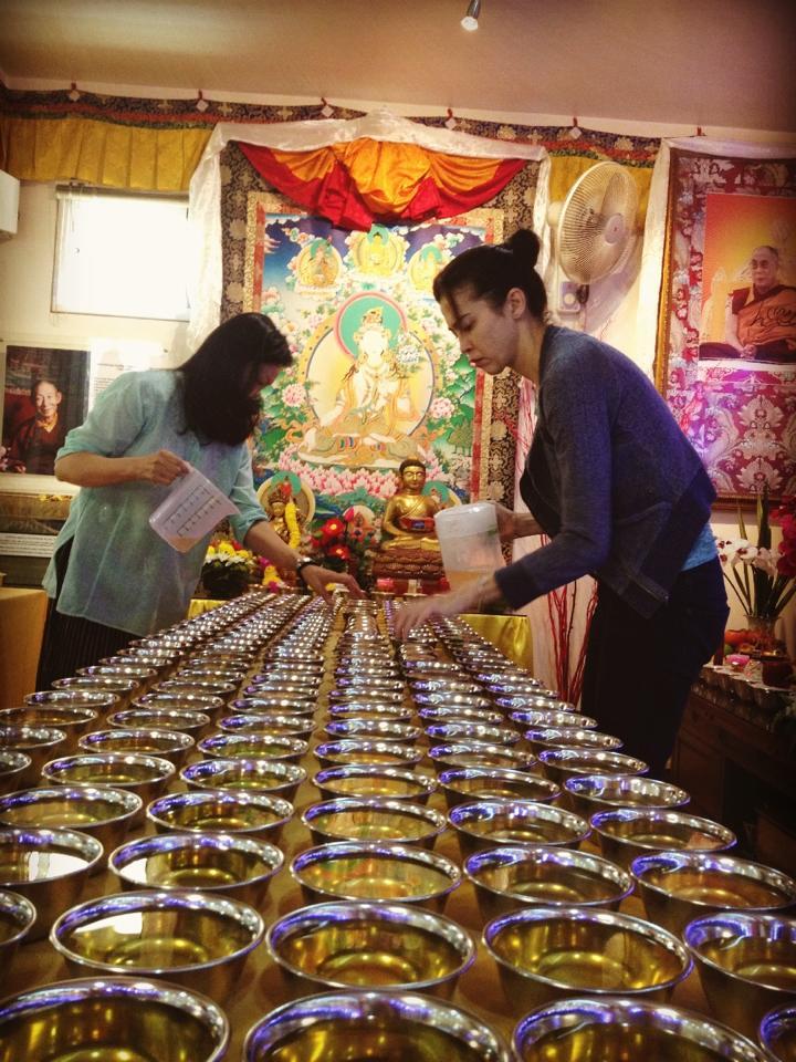 One Thousand Offerings to Arya Tara